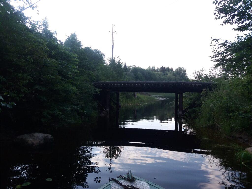 Мост на озере Святое, на Селигере
