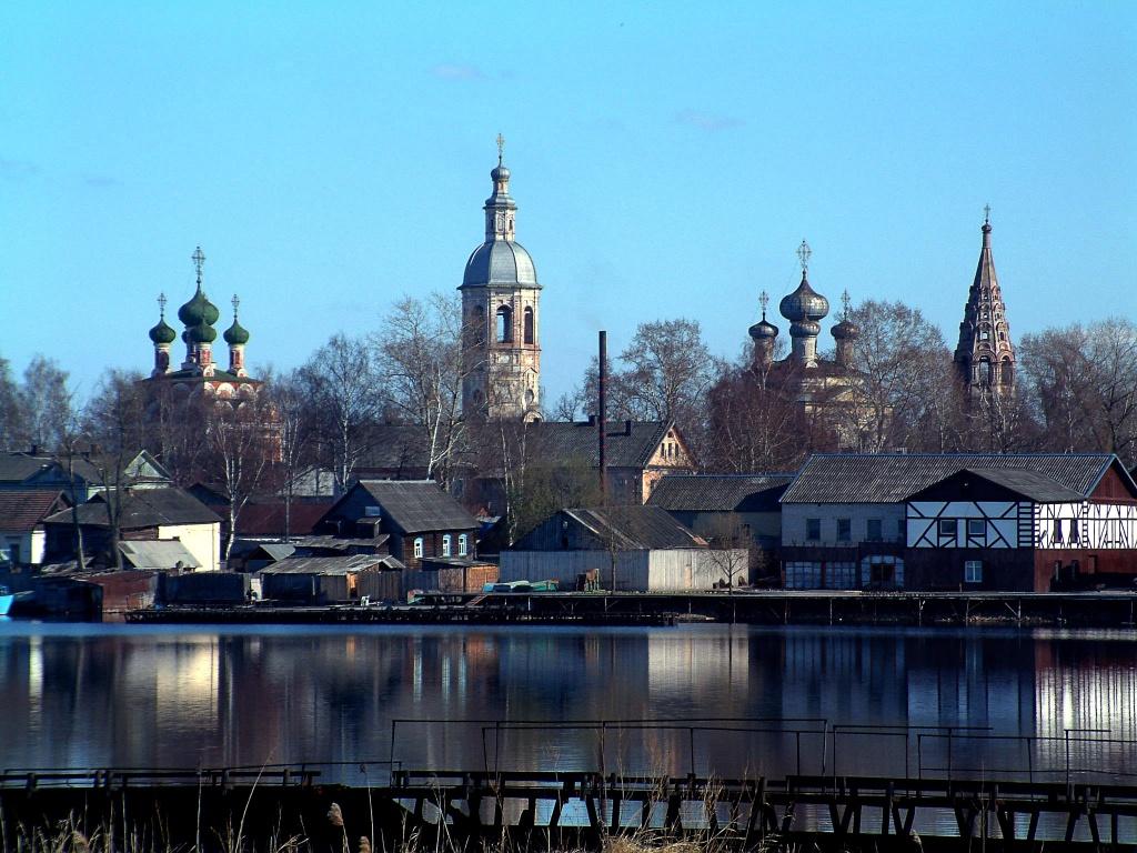 город Осташков с воды