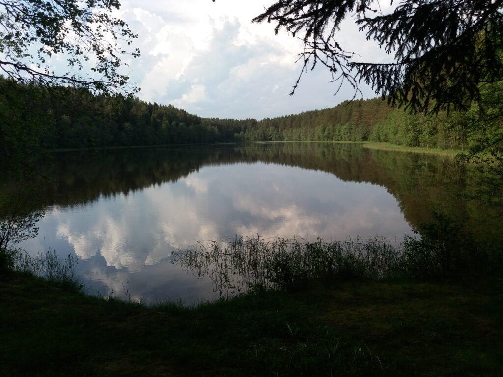 озеро Щучье на Хачине
