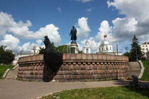 Памятник тверскому путешественнику Афанасию Никитину